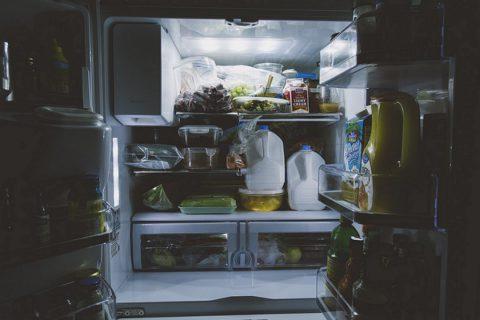 Les étapes de nettoyage de son réfrigérateur